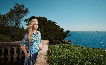 Οκτώβριος νέων σειρών στην COSMOTE TV: Πρεμιέρα για το «The Good Lord Bird» με τον Ίθαν Χοκ και το «Riviera» του Νιλ Τζόρνταν