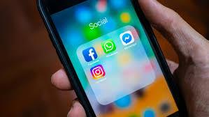 Η αυξημένη χρήση social media κατά το lockdown φέρνει κατάθλιψη