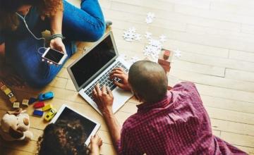Ψηφιακό άγχος: Όταν η τεχνολογία μας κατακλύζει