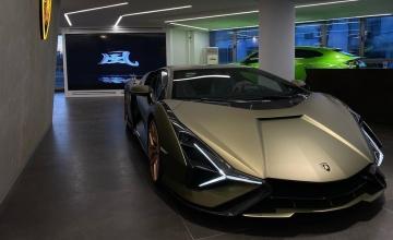«Πάτησε» Ελλάδα η Lamborghini των 3 εκατομμυρίων ευρώ