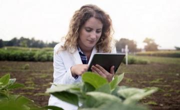 Διαδικτυακά η κατάρτιση για περίπου 5.000 Νέους Αγρότες
