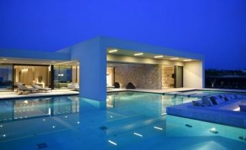 Φωτογραφίες από τα εκπληκτικά Costa Navarino – Summer House με δημιουργούς τους ISV Architects