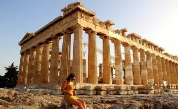 H γαλλική Vogue προτείνει : 7 διευθύνσεις που πρέπει να γνωρίζεις στην Αθήνα : Φαγητό – διαμονή – διασκέδαση – Shopping