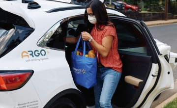 Αμερικανική αλυσίδα σουπερμάρκετ επεκτείνει τις παραδόσεις με αυτόνομα οχήματα