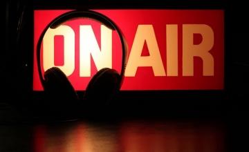 Ο τρόπος για να παίζεις μουσική σε web radio